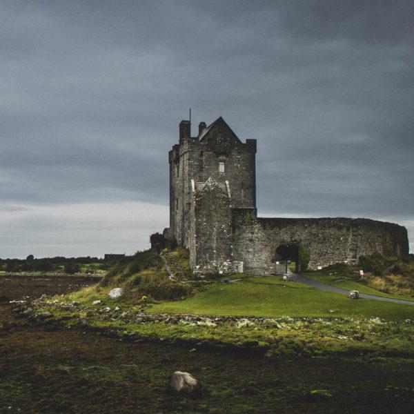 Boundary and Identity in Irish Myth